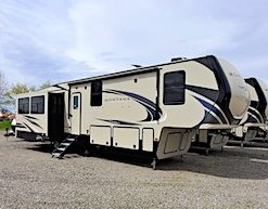 2020 Keystone Montana 5th Wheel