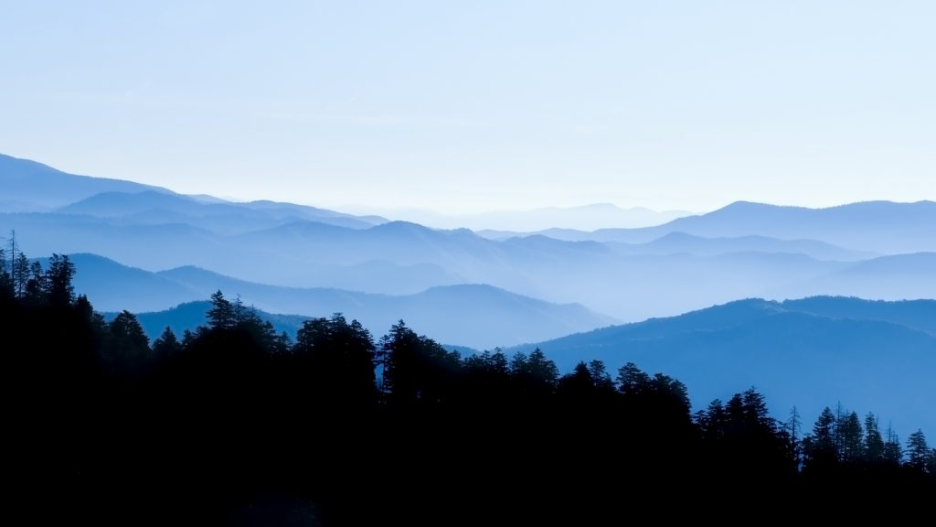 8 Best National Parks East Coast Great Smoky Mountains National Park