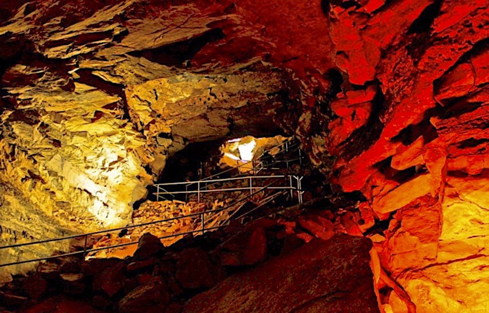 8 Best National Parks East Coast Mammoth Cave National Park