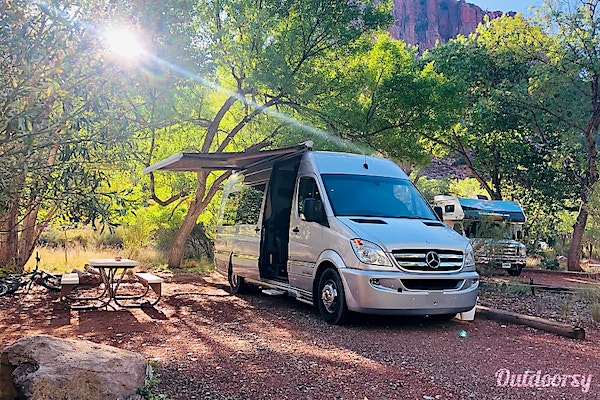 10 Best RV Rentals Las Vegas 2014 Airstream
