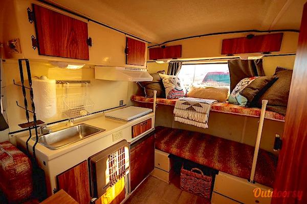 10 Best RV Rentals Las Vegas Vintage Interior