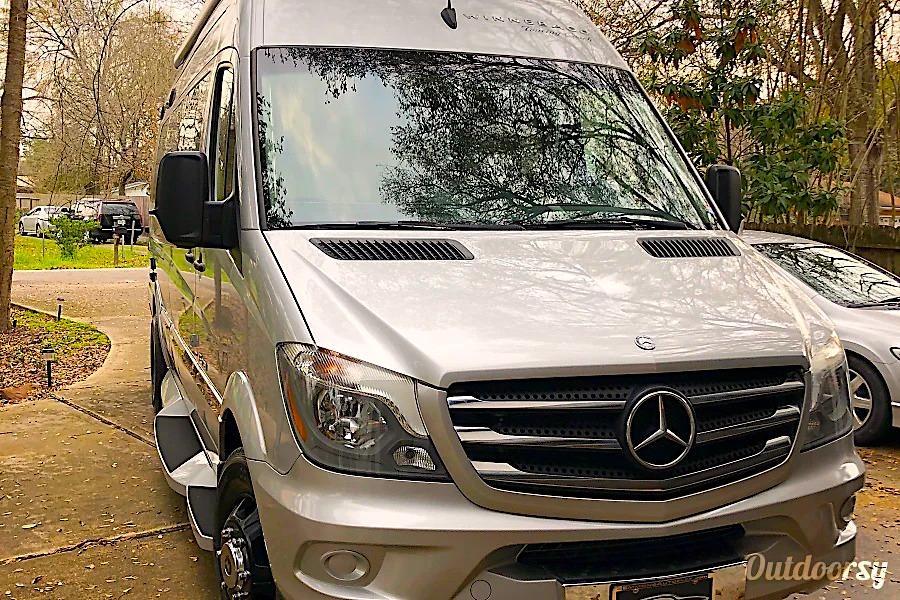 10 Best RV Rentals in Houston Camper Van Ext