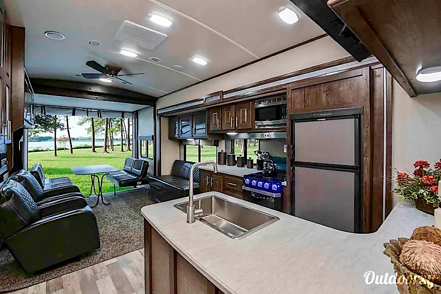 10 best rv rentals houston toy hauler interior