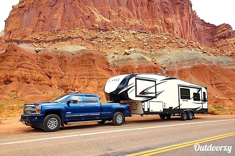 5th wheel weekly RV rental