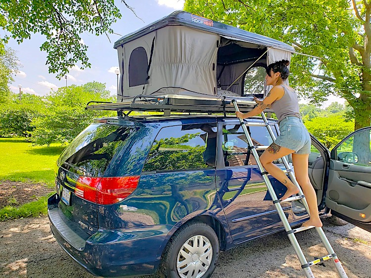 Campervan Rental Chicago with roof top tent
