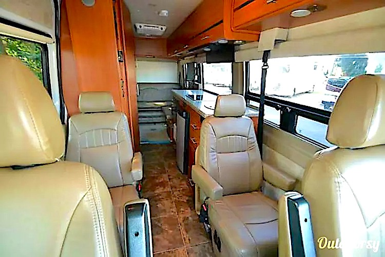 Class B RV Rental Chicago IL