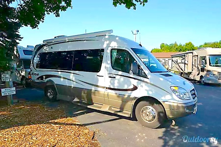 Class B RV Rental Chicago