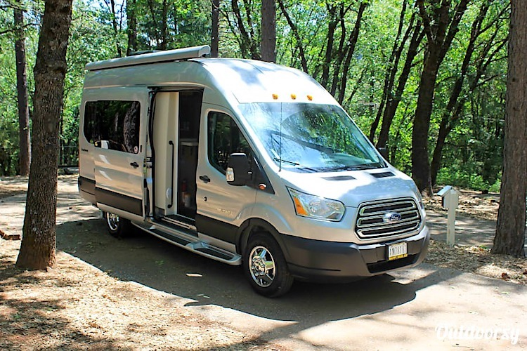 RV rental yosemite