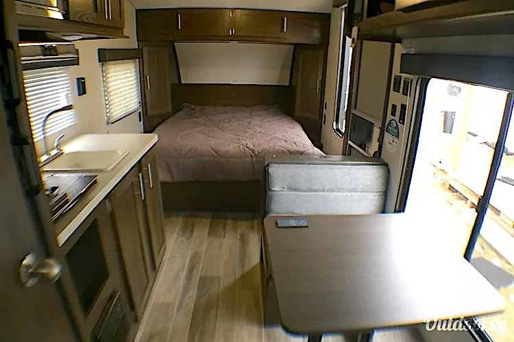 cheap rv rental chicago IL
