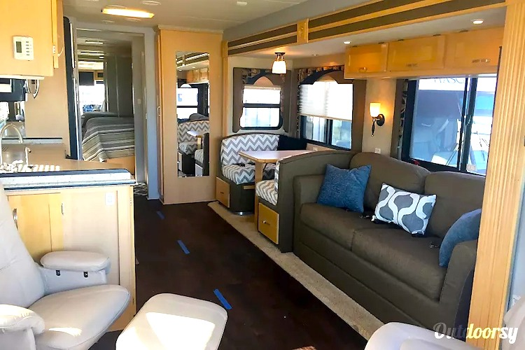 long term RV rental chicago IL