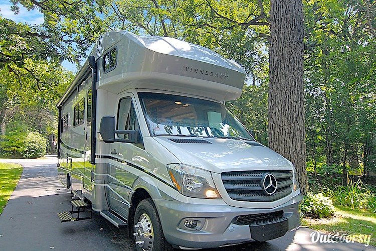 luxury rv rental chicago