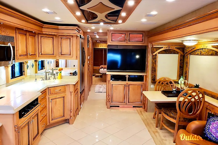 luxury rv rental sacramento CA
