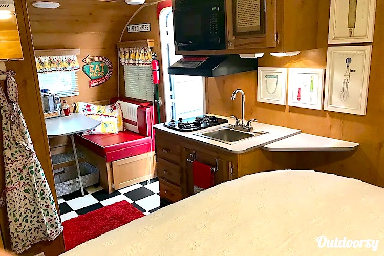 travel trailer rental sacramento CA