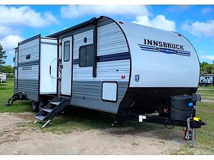 Travel Trailers with King Bed GULFSTREAM INNSBRUCK 406FLR Ext
