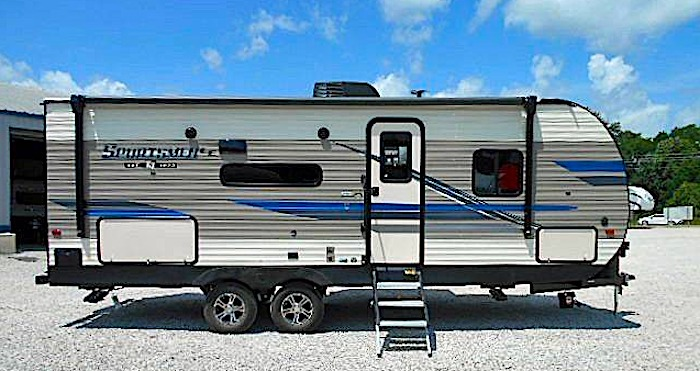 Travel Trailers with King Bed KZ SPORTSMAN LE 231BHKLE Ext