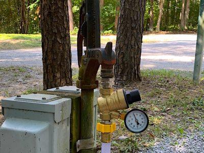 6 Best RV Water Pressure Regulators to Prevent RV Plumbing Leaks