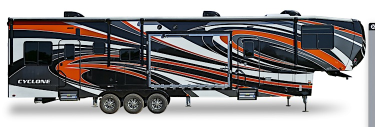 Heartland Cyclone 4005 fifth wheel toy hauler ext