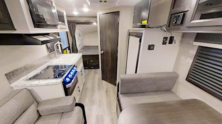 Jayco Jayfeather X17Z hybrid travel trailer int