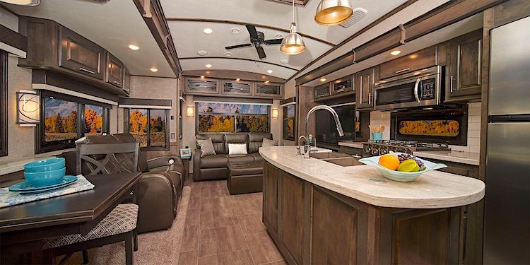 Jayco Pinnacle 3655WS luxury fifth wheel int
