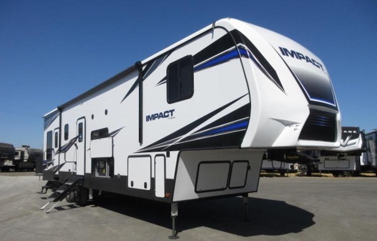 Keystone RV Impact 359 5th wheel toy hauler ext