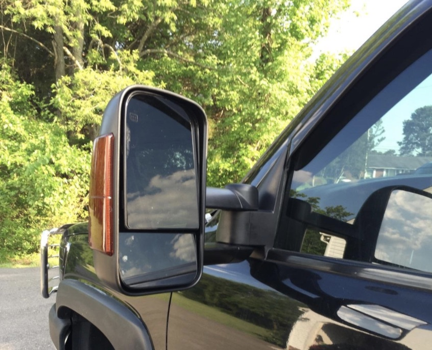 Chevy and GMC Towing Mirrors with Turn Signal Lights