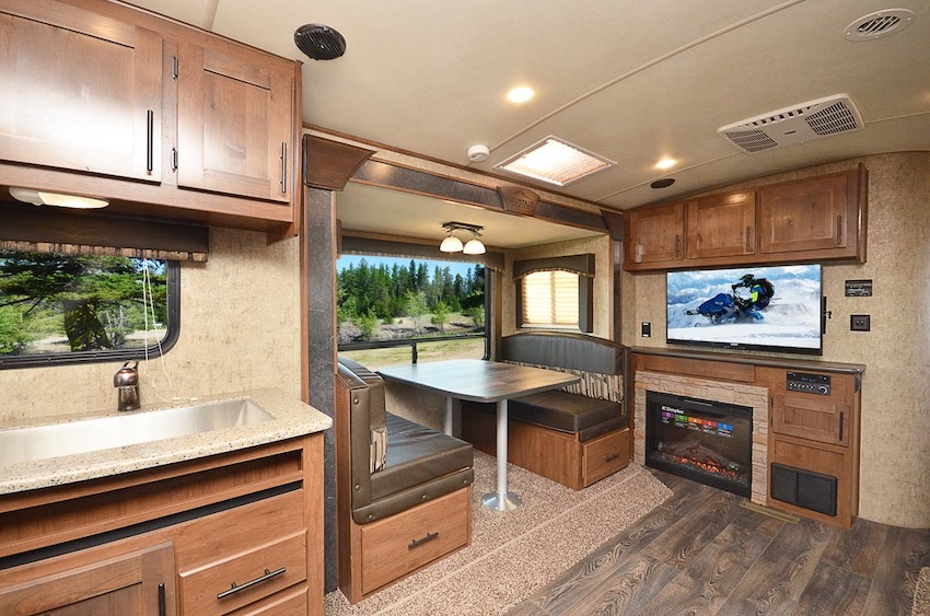 Outdoors RV four season camper