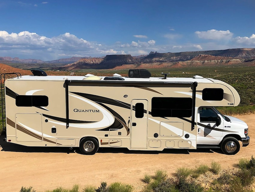 Benefits of Renting an RV With Unlimited Mileage