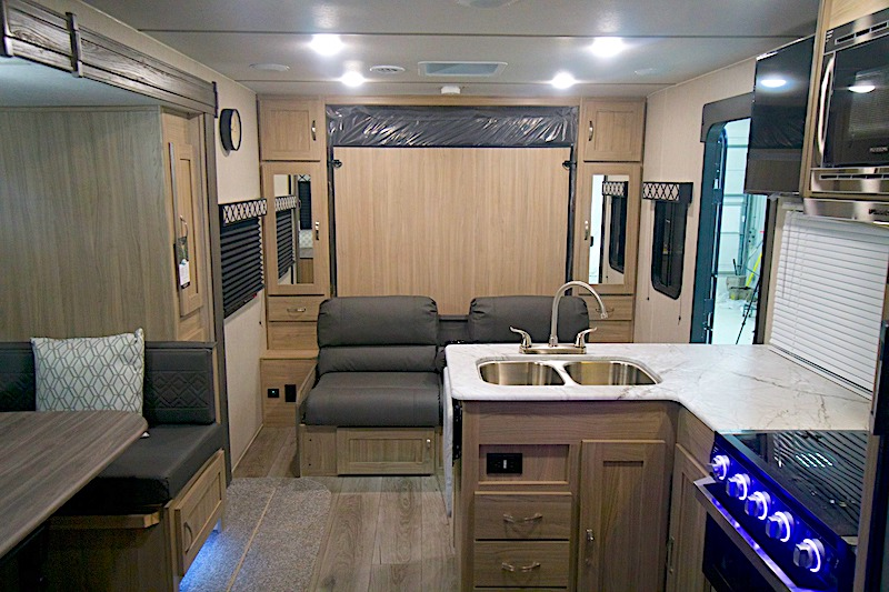 Coachmen Freedom Express Ultra Lite 238BHS interior with murphy bed