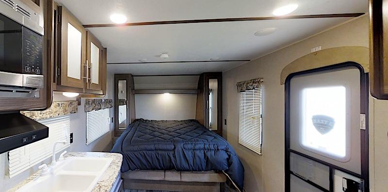 Keystone Hideout 212LHS murphy bed