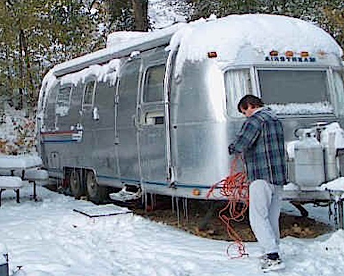 Reasons to Leave Your RV Plugged in All Winter