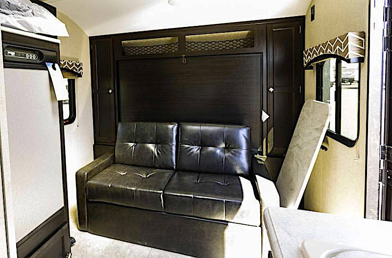 Venture RV Sonic Lite SL169VB murphy bed