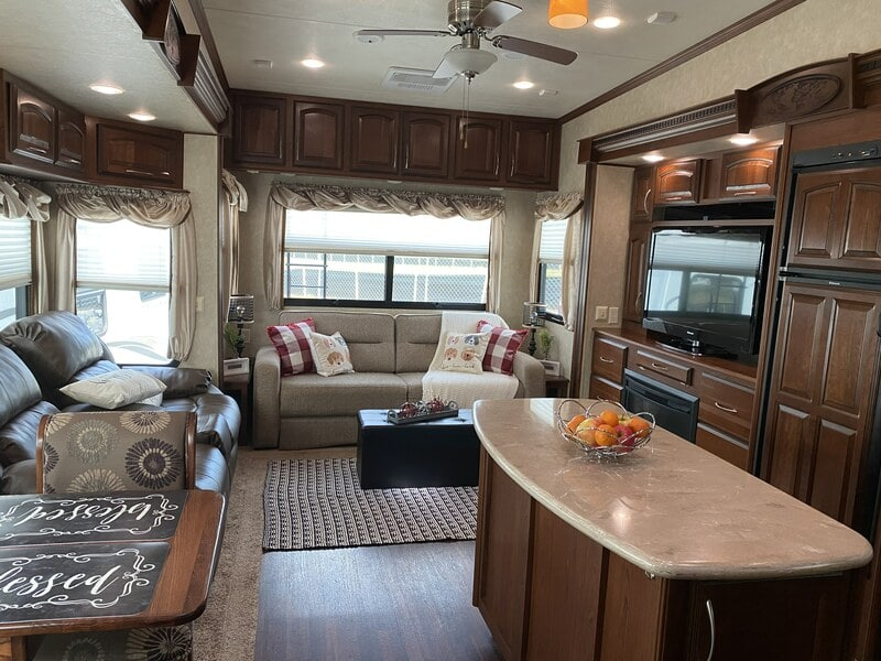 Best 5th Wheel Rental Knoxville Int