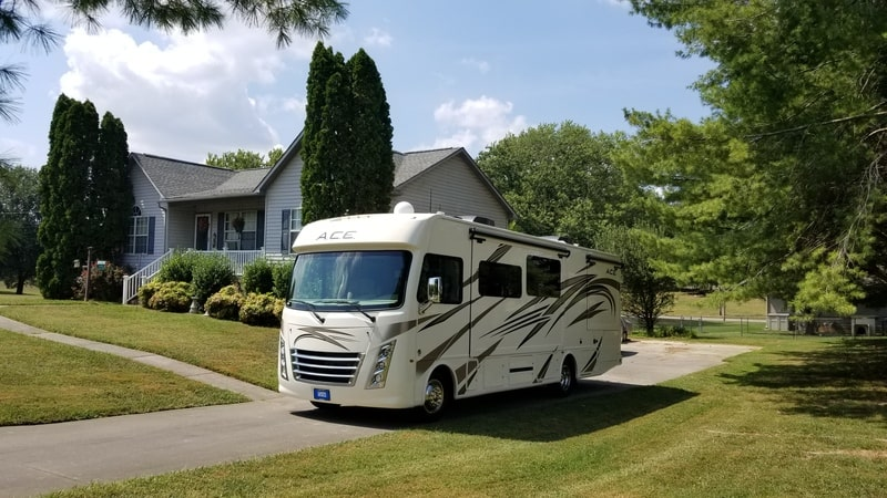 Best Class A RV Rental Knoxville Ext