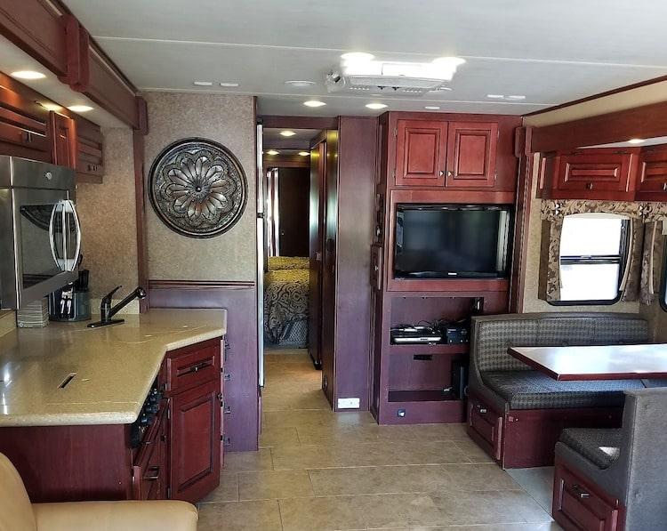 Class A RV Rental in El Paso