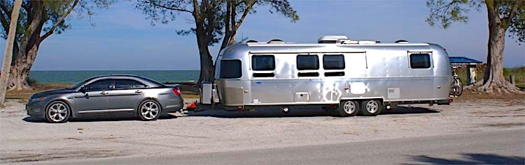 can a car tow travel trailer