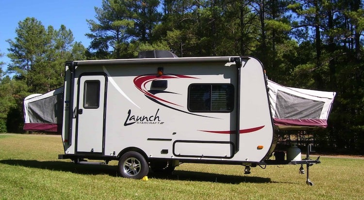 hybrid towable travel trailer