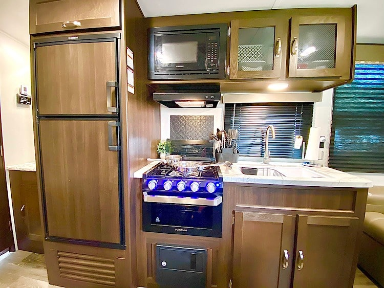 best travel trailer rental tampa