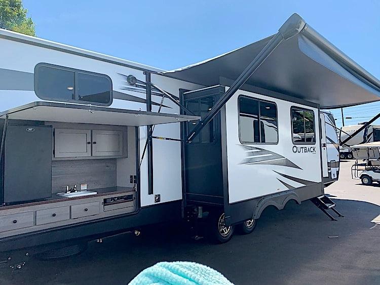 large travel trailer RV rental lexington KY