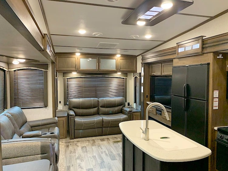 luxury 5th wheel RV rental lexington KY