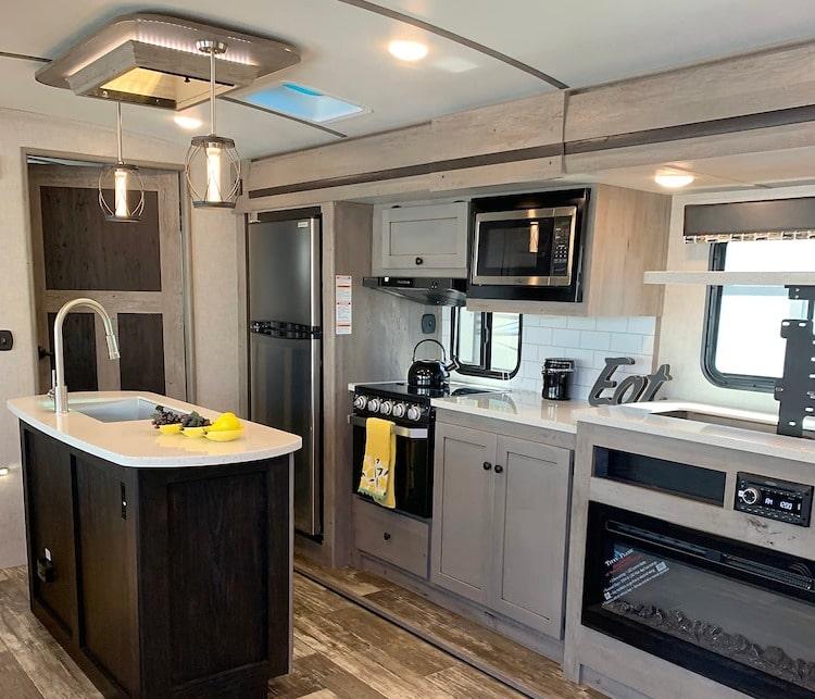 travel trailer RV rental lexington KY