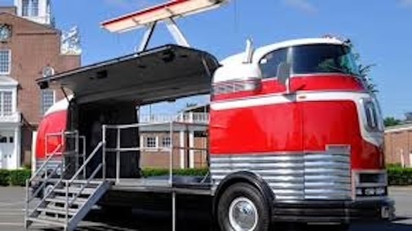 1940 GM Futurliner history of rvs and campers