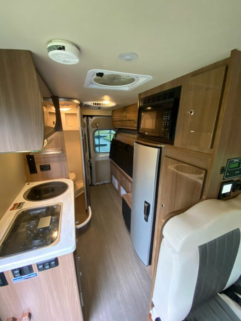 Best Class B RV Rental Int Vancouver