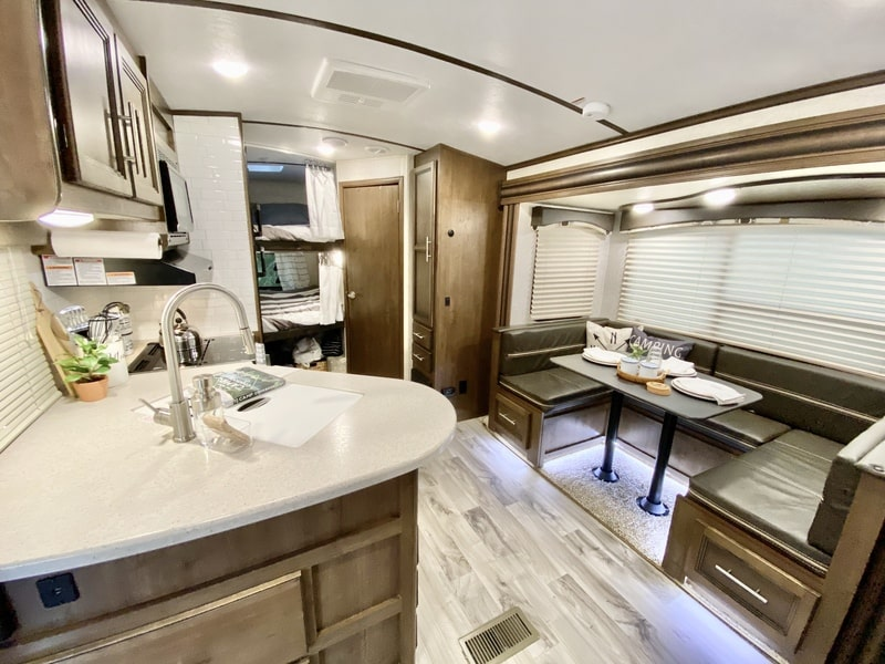Best Travel Trailer Int Vancouver