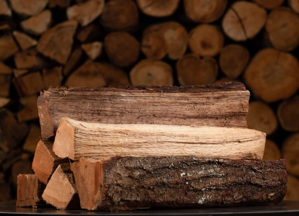 oak firewood is the best burning wood smells great
