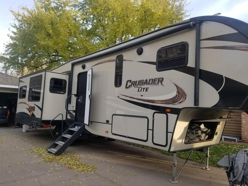 Best 5th Wheel Rental Minneapolis Ext
