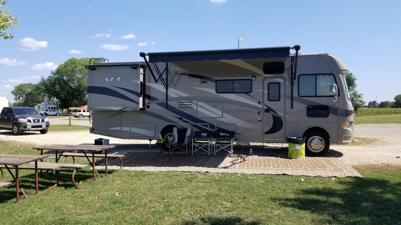 Best Class A RV Rental Wichita Ext
