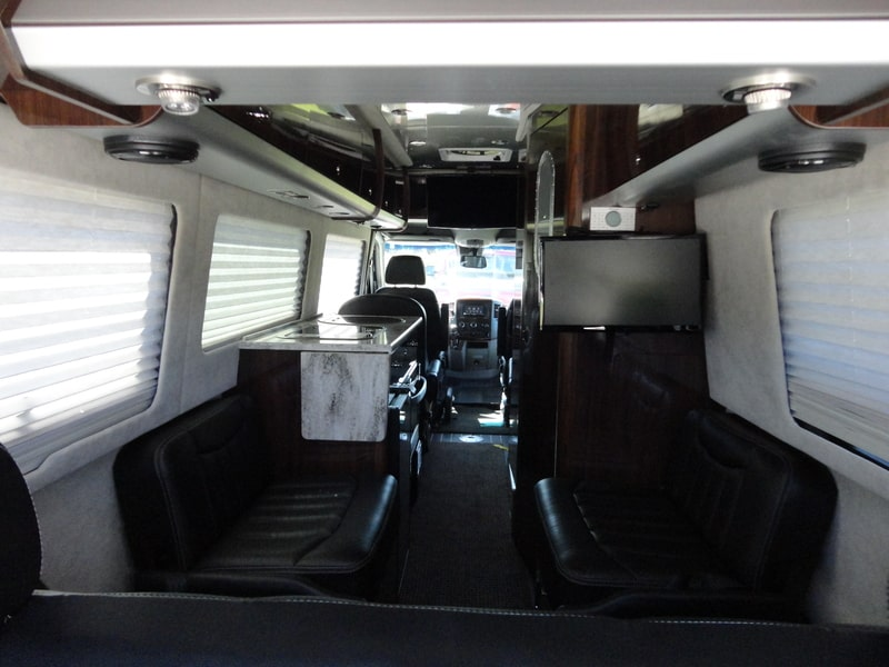 Best Class B RV Rental Springfield Int