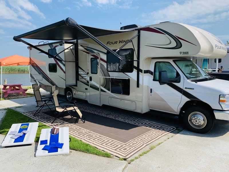 Best Class C RV Rental Richmond Ext