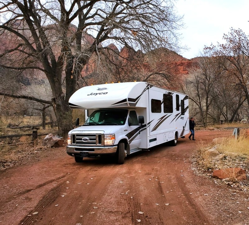 Best Class C RV Rental Wichita Ext