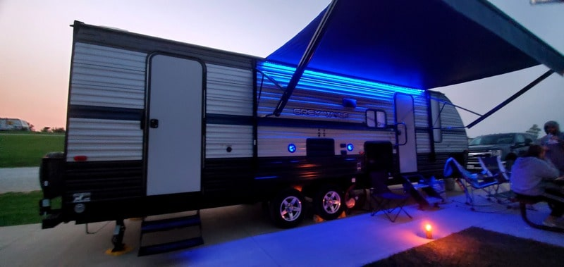 Best Luxury Camper Rental Springfield Ext